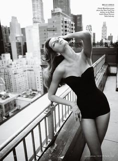 Gisele Bundchen- timeless. One of the most beautiful models of our time.