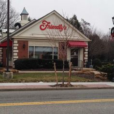 Friendly's an endangered species on Long Island