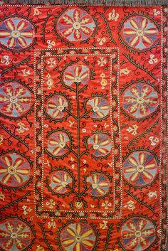 Bukhara Suzani with pomegranate design, century silk on cotton Motifs Textiles, Textile Fabrics, Vintage Textiles, Textile Patterns, Textile Design, Textile Art, Fabric Design, Print Patterns, Suzani Fabric