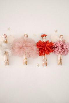 The first of my holiday DIYs! I had too much fun making these little pom pom ballerinas! You could easily make them a Shirt Makeover, Clothes Pin Ornaments, Ballerina Ornaments, Tulle Poms, Tulle Tutu, Pom Poms, Pom Pom Maker, Diy Kleidung, Clothes Pegs