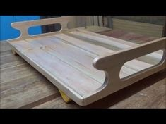 Tepsi Hair Color Ideas hair color ideas for brunettes 2017 Woodworking Projects Diy, Custom Woodworking, Wood Projects, Wood Slab Table, Wood Tray, Diy Cutting Board, Wood Cutting Boards, Kitchen Tray, Smoker Cooking