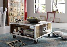 Couchtisch der INDUSTRIAL-Serie. Neben dem coolen Industrie-Flair begeistert auch die kreative Kombination aus neuen und aufbereiteten Materialien, wie Altholz und Eisen. #möbel #möbelstücke #wohnzimmer #holz #echtholz #massivholz #altholz #wood #wooddesign #woodwork #interior #home #decor #storage #einrichtung #furniture #livingroom #ideas #industrial #industrialchic #altholz #eisen #iron #couchtische #wohnzimmertisch #massivholztisch #holztisch #livingroomtable #massivmoebel24