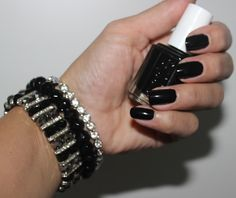 White Orchid - The Fashion-Blog from Switzerland: Licorice by Essie