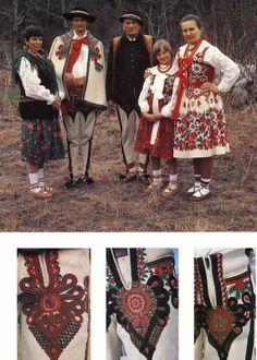 Book Polish Folk Costumes Embroidery in Polish English   eBay