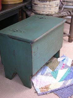 Love this little hinged top bench.  This is also going on the build list.  Primitive Souls: Gallery