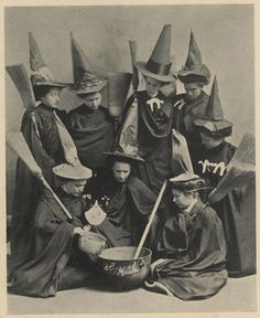 Witches Club, Presbyterian College for Women, 1910