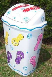 Cute idea to decorate trash can, don't know if I would use flip flops.