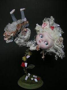 Alice en chute  Blythe Custom OOAK réalisée par Julien Martinez Pièce unique