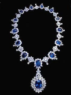194.68 carat sapphire & diamonds big necklace white gold 14K jewelry