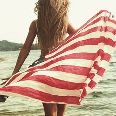 Here's to life, liberty and the pursuit of happiness. Happy 4th from Journelle x