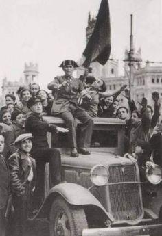 Madrid. Entrada del ejército franquista. Año 1939.