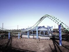 Abandoned Six Flags amusement park in New Orleans wrecked by Hurricane Katrina in 2005; submerged at one point under 6-8 feet of water.  Source	Flickr: Faded Amusement Author	Keoni 101  http://commons.wikimedia.org/wiki/File:Faded_Amusement_in_New_Orleans.jpg