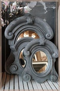 15 Trendy ideas for wall vintage decoration mirror Salvaged Decor, Trumeau, Vintage Mirrors, Mirror Mirror, Small Figurines, Dormer Windows, Romantic Homes, Through The Looking Glass, Mirrors