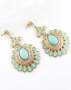 Green Gemstone Gold Geometric Earrings US$7.18