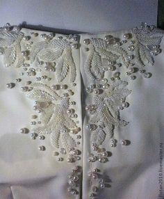 Вышивание бисером на одежде платье