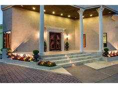 11 Acres in South Dallas With a 2,000 Square Foot Master & Dungeon: Uncommon Ground for an Uncommonly Luxurious Estate