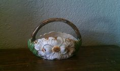 Collectable Pottery  Holland Mold Daisy Basket  by EmilysCraftys, $12.88