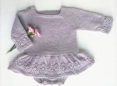 Ravelry: Mollie Onesie Dress pattern by Anne Dresow Baby Dress Patterns, Baby Clothes Patterns, Baby Knitting Patterns, Blouse Patterns, Sewing Patterns, Girls Knitted Dress, Knitted Baby Clothes, Onesie Dress, Baby Sewing Projects