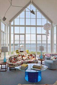 Impressive modern beach cottage on Shelter Island, NY by Michael Haverland Architect