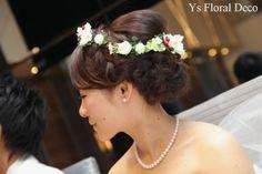 hk00234 白い花と赤い実の花冠 アーティフィシャルフラワー ys floral deco