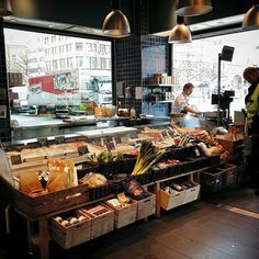 #Mybookingbox Fiskeriet Youngstorget Youngstorget 2b, Oslo, 0181, Norway 0181 + 47 22 42 45 40 - See more at: http://www.mybookingbox.co.uk/dining-detail.php?id=1098&type=restaurant#sthash.oYk7Revc.dpuf