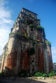 Laoag Sinking Belltower. A landmark in the city's skyline, the belltower was constructed by the Augustinian Fathers several hundred years ago. The sinking tower is a unique landmark of Spanish occupation in the Philippines. When the tower was new, a man on horseback could pass through its door. Today, a man could hardly pass without stopping. What strikes observers is the peculiarity of its distance from the church is 85 meters which is a rarity among church edifices. Ilocos, Batangas, Rarity, Wonders Of The World, Fathers, Places To See, Philippines, Distance, Mount Rushmore