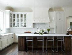 """WHY WHITE KITCHEN CABINETS ARE THE RIGHT CHOICE"" You may be concerned that an all-white kitchen means no personality, no style, no design. Well, that couldn't be farther from the truth. Here are the top 5 ways The Decorologist personalizes the white kitchen (without making an expensive mistake you'll regret in 3 years):"