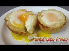 Egg and toast cups recipe / Egg and toast muffins recipe - Muffin Recipes, Muffin Eggs, Muffin Breakfast Muffin Pan Recipes, Fun Baking Recipes, No Salt Recipes, Bacon Recipes, Cooking Recipes, Best Breakfast, Breakfast Recipes, Candied Bacon Recipe, Best Food Ever