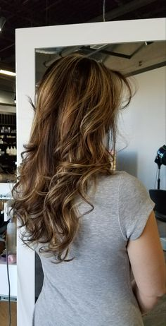 Hair Spa, Long Hair Styles, Beauty, Long Hairstyle, Long Haircuts, Long Hair Cuts, Beauty Illustration, Long Hairstyles, Long Hair Dos