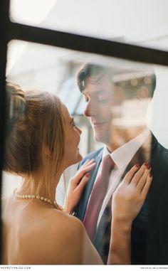 Couple photo through a window | Photography: Hello Rademan