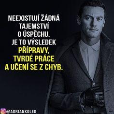 Neexistují žádná tajemství o úspěchu. Je to výsledek přípravy, tvrdé práce a učení se z chyb.  #motivace #uspech #adriankolek #business244 #sitovymarketing #sietovymarketing #czech #slovak #czechgirl #czechboy #slovakgirl #business #motivation #success #lifequotes
