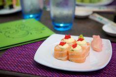 Rock Sushi Thai Sushi, Panna Cotta, Waffles, Rock, Breakfast, Ethnic Recipes, Breakfast Cafe, Stone, Waffle