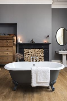 Traditional bathroom 452963675018159063 - beautiful frestanding bath in centre of bathroom with large fire places filled with cut logs Source by nathalienovi Large Bathrooms, Small Bathroom, Bathroom Ideas, Bathroom Vanities, Bathroom Renovations, Spa Bathrooms, Relaxing Bathroom, Makeup Vanities, Bathroom Gallery