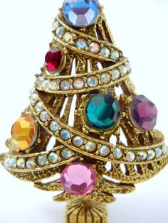 Vintage Christmas Tree Pin Brooch Gold Tone 6 by glassconfusion