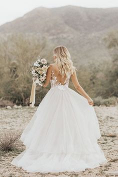 39 Ideas For Succulent Wedding Pink Bridal Bouquets Making A Wedding Dress, Dream Wedding Dresses, Wedding Gowns, Wedding Dresses Ireland, Ballgown Wedding Dress, Southern Wedding Dresses, Wedding Bride, Barn Wedding Dress, Garter Wedding