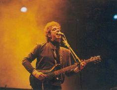 #UnDiaComoHoy hace 10 años Gustavo se presentaba en el Personal Fest aquel 06/11/2004 dando un excelente show.
