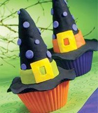 Witch hat cupcakes for Halloween