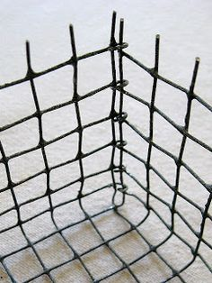 four corners design: Wonderfully wired - so clever tutorial for making wire basket from chicken wire love it!!