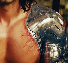 bloodyneptune's theory on how those scars were made by Bucky trying to claw at the metal Sebastian Stan, Marvel E Dc, Marvel Avengers, Avengers Memes, Bucky Barnes Aesthetic, Harry Styles, James Barnes, Marvel Photo, Winter Soldier Bucky