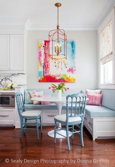 15 Bright, Colorful Breakfast Nooks - 15 Bright, Colorful Breakfast Nooks Dining Room decor ideas – small dining and breakfast nooks. Kitchen Corner Bench, Kitchen Banquette, Banquette Seating, Dining Nook, Kitchen Nook, Kitchen Ideas, Corner Chair, Nook Table, Corner Seating
