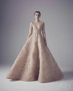 Ashi Studio Couture wedding dresses 2016 - textured couture wedding gown - see… Couture Dresses, Bridal Dresses, Fashion Dresses, Prom Dresses, Wedding Gowns, Reception Dresses, Dresses 2016, Wedding Blog, Jw Moda