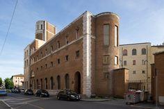 D648_060 08/05/2012 : Grosseto, via Roma: palazzo delle poste (Angiolo Mazzoni, 1932)