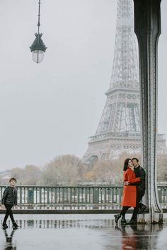 Photoshoot at the Bir Hakeim Bridge, the iconic venue for a family photoshoot in Paris. Looking for a photographer to catch your love story at the Eiffel tower? Contact me for more details! #philarty #weddinginspiration #pariswedding #pariselopement #parisphotoshoot #parisphotographer #photographerinparis #elopement #destinationphotographer #bestparislocations #parislocations #bestviewsofparis #topparisviews #topparisphotographers #destinationphotographer #love #eiffeltower #family #kids… Paris Elopement, Paris Wedding, Last Tango In Paris, Latin Quarter, Paris Metro, Over The Bridge, Beautiful Paris, Wonderful Picture, Paris Photos