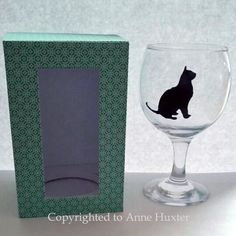 This wine glass box template fits the Asda 5 5 inch tall wine glasses perfectly I has a holder for both the bottom and the top of the glass so that Etched Gifts, Glass Boxes, Drinking Glass, Cricut Design, Shot Glass, Wine Glass, Templates, Printer, Asda