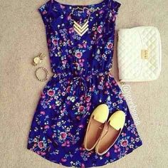 floral dress and flats♥ I Love This.