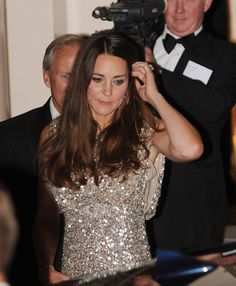 Kate Middleton - Prince William and Kate Middleton Head Home