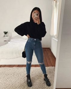 Women Casual Jeans Outfit Balloon Jeans Black Formal Pants Semi Formal Jeans For Ladies Grey Slacks Casual Maternity Wear Plus Size Casual Attire Casual Attire For Women, Cute Casual Outfits, Casual Jeans, Winter Fashion Outfits, Look Fashion, Autumn Outfits, Female Fashion, 90s Fashion, Mode Hipster
