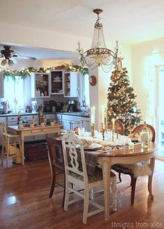 Holiday-Glam-Dining-Room.jpg 700×980 pixels