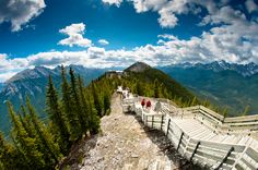 Sulphur Mountain is the spectacular places where in Alberta, Canada.Sulphur Mountain is rising in Banff National Park.It was named in elevation is meters and prominence is 670 meters.The hugest mountain of Canada. Tour Du Canada, Rocky Mountains, Canada Mountains, British Columbia, Parc National De Banff, Banff National Parks, Jasper National Park, Places To Travel, Places To See