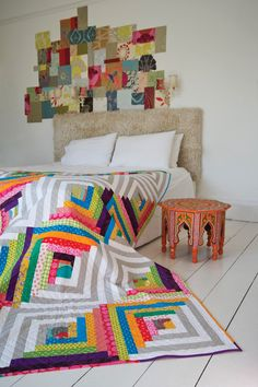 Amazing log cabin quilt///Urban Cabin quilt by Kelly Biscopink, in: Modern Designs for Classic Quilts Patchwork Quilt, Scrappy Quilts, Baby Quilts, Log Cabin Quilt Pattern, Log Cabin Quilts, Log Cabins, Rustic Cabins, Quilting Projects, Quilting Designs